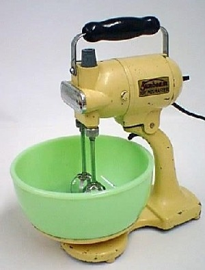 sunbeam toy mixmaster with jadeite bowl was an actual 110 volt toy in the 1930s  what were they thinking  decodan com   vintage appliances  rh   decodan com