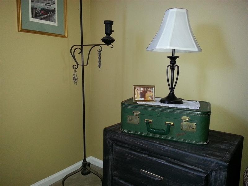 nightstand vintage suitcase lamp display